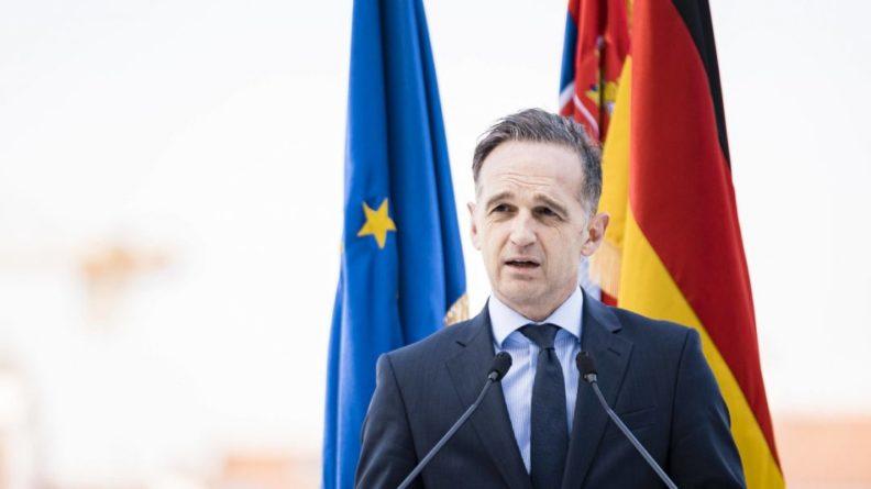 Общество: Министры иностранных дел ФРГ и Британии поспорили на ящик пива перед матчем Евро-2020