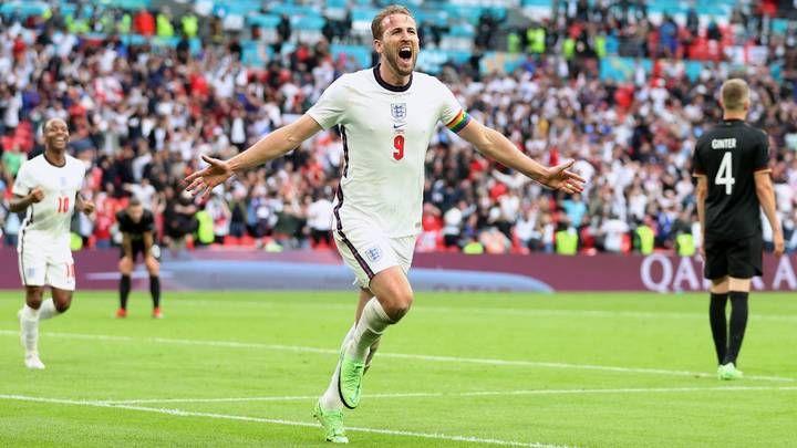 Общество: Англия проходит в 1/4 Евро-2020, забив Германии два безответных мяча
