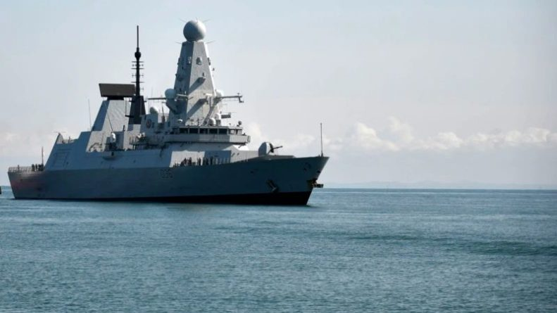 Общество: Великобритания: эсминец в Черном море действовал в рамках международного права