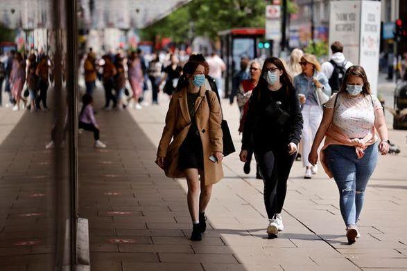 Общество: В Великобритании обнаружили 26 068 новых случаев коронавируса, что является самым высоким показателем с конца января