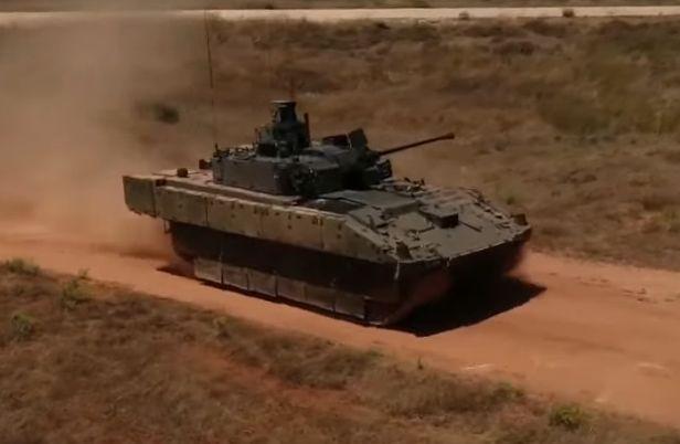 Общество: Армия Британии свернула испытания бронемашин Ajax из-за жалоб военных на здоровье