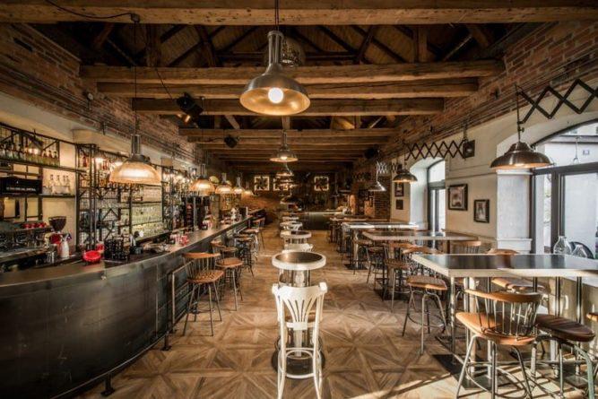 Общество: В Великобритании продают один из старейших ресторанов и мира