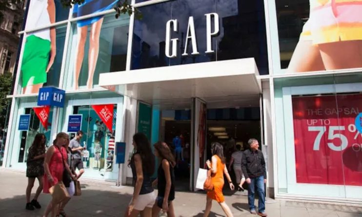 Общество: Gap закрывает все магазины в Великобритании