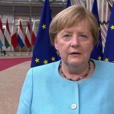 Общество: Меркель посетит 2 июля Великобританию с последним рабочим визитом
