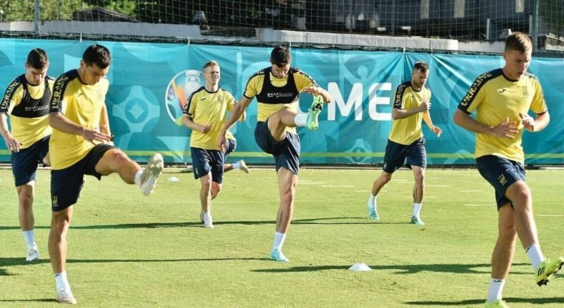 """Общество: Евро-2020: """"сине-желтые"""" получат усиление перед матчем с Англией"""