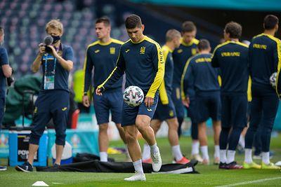 Общество: Защитник сборной Англии: перед матчем с Украиной мы готовы и сосредоточены