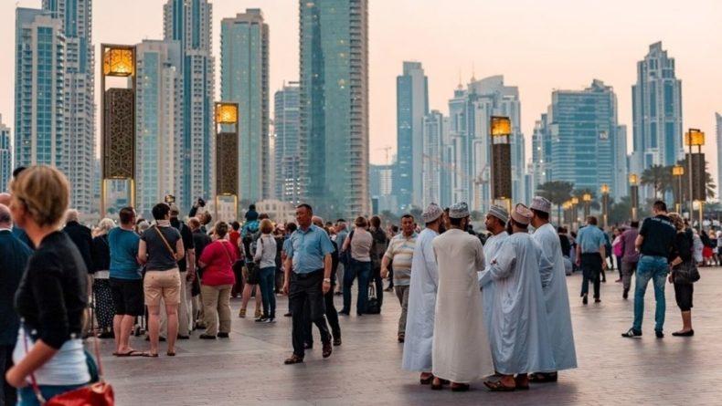Общество: В Дубае осудили поднятые над посольствами США и Британии радужные флаги