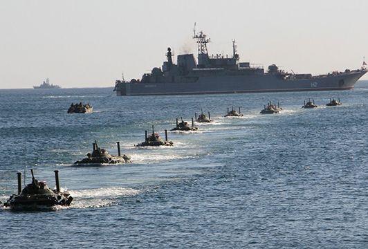 Общество: Bloomberg: Международное право ведет Россию и Великобританию к новой войне в Черном море
