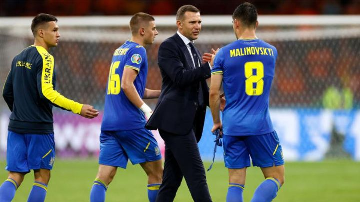 Общество: Украина и Англия объявили стартовые составы на матч Евро-2020