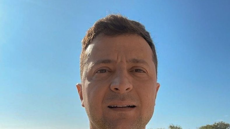 Общество: Зеленский поддержал сборную Украины после поражения от Англии