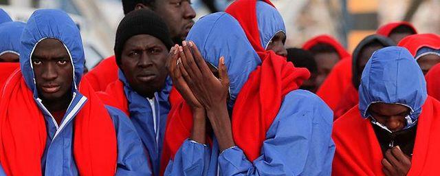 Общество: Нелегальных мигрантов в Британии собираются отправлять в тюрьму на срок до четырёх лет