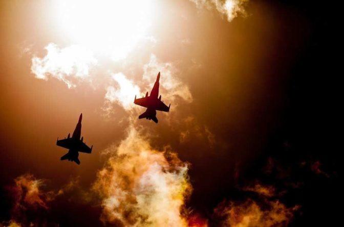 Общество: Британцы высмеяли авторов Daily Express, «пересадивших» российских пилотов на американские F/A-18