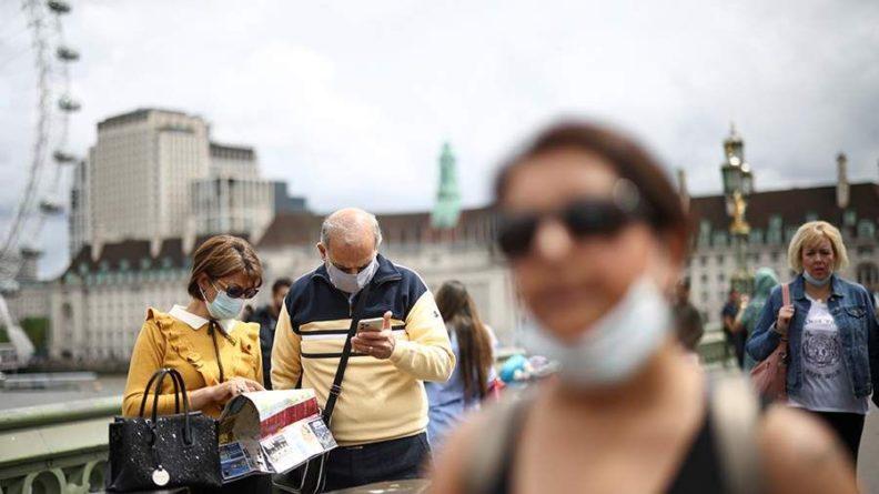 Общество: В Великобритании анонсировали отмену обязательного ношения масок