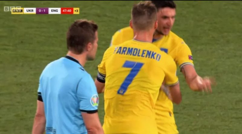 Общество: В Англии раскритиковали поступок капитана сборной Украины в матче Евро-2020: видео