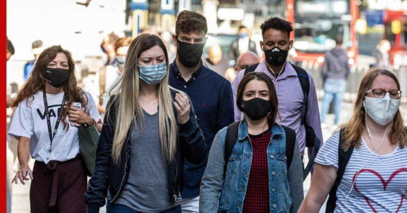 Общество: Джонсон анонсировал отказ от коронавирусных ограничений в Англии