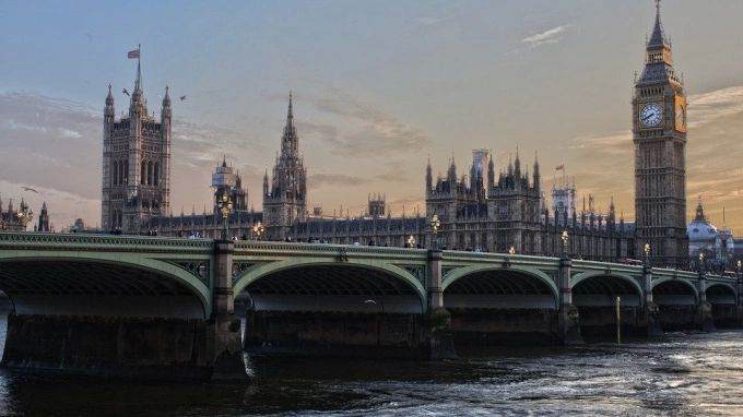Общество: Борис Джонсон подтвердил отмену карантина в Великобритании с 19 июля