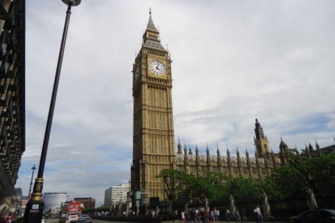 Общество: Англия планирует полностью снять коронавирусные ограничения 19 июля