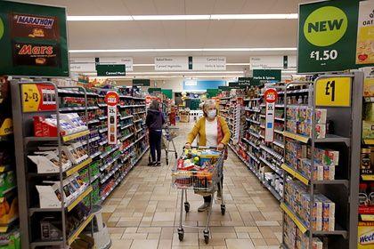 Общество: В Великобритании началась «битва» за магазины