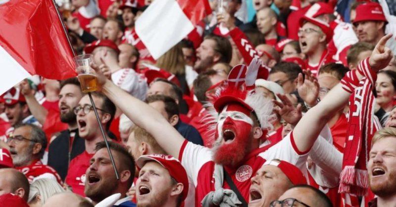 """Общество: """"Евро проводят, чтобы его выиграла Англия"""": датских фанатов не пустят на полуфинал в Лондоне"""