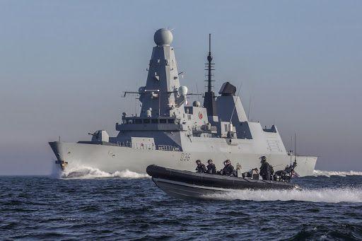 Общество: Глава Минобороны Великобритании пообещал, что их корабли будут заходить в Черное море