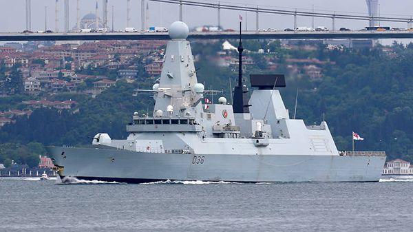 """Общество: В Лондоне заявили, что британские корабли продолжат проходить через """"украинские воды"""""""