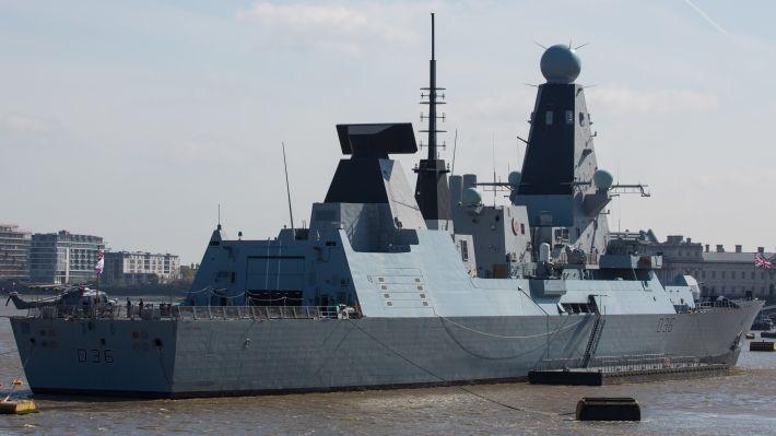 Общество: Лондон пообещал, что корабли ВМС Британии продолжат проходить около Крыма в Черном море