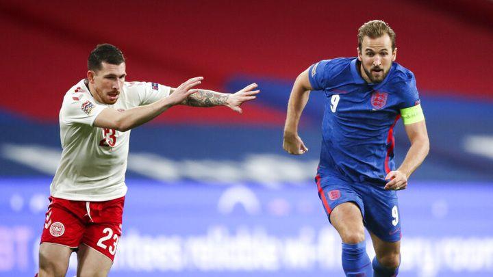 Общество: Англия и Дания поспорят за выход в финал чемпионата Европы