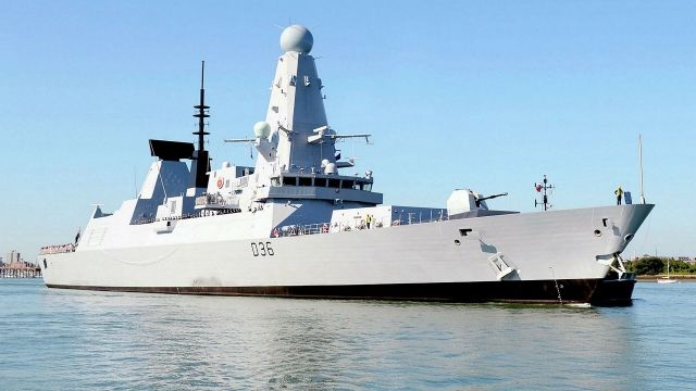 Общество: Военные корабли Великобритании будут возле Крыма: Лондон предупредил Москву