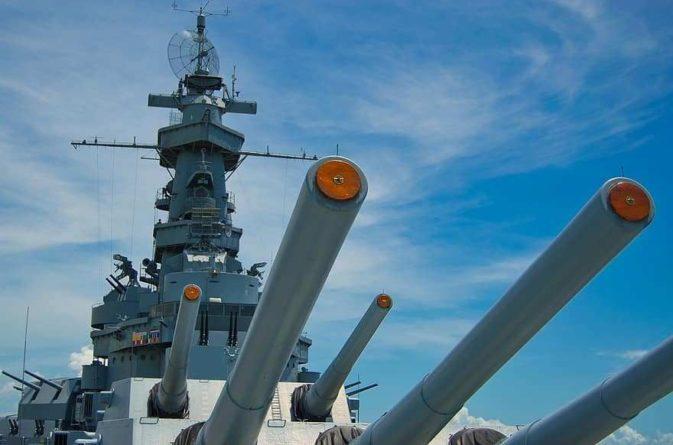 Общество: Леонков об угрозе Лондона и дальше отправлять корабли в крымские воды: «Будут и предупредительные выстрелы, и огонь на поражение»