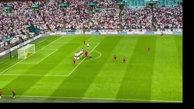 Общество: Сборная Дания открыла счет в матче против Англии