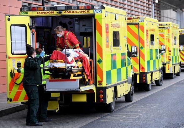 Общество: Коронавирус: количество больных в Великобритании превысило 32 тысячи впервые с начала года