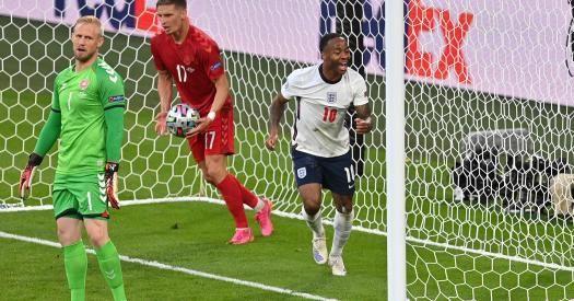 Общество: Сборная Англии вышла в финал Евро-2020, обыграв Данию в дополнительное время