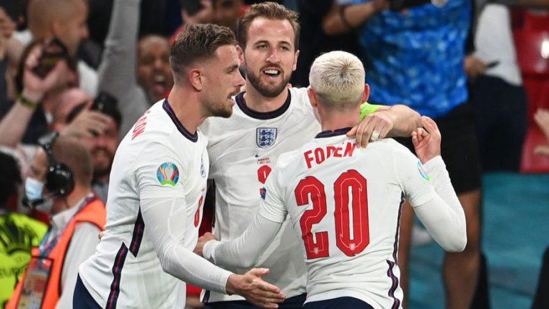 Общество: Сборная Англии впервые в истории вышла в финал Евро