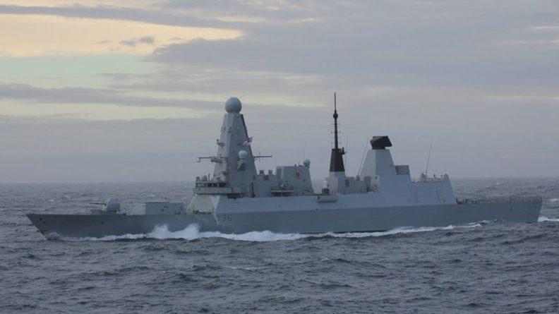 Общество: Адмирал Комоедов предупредил Великобританию о жестких мерах за провокации