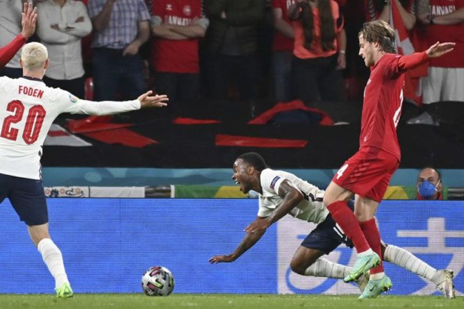 Общество: Стерлинг поделился мнением о моменте с пенальти в матче Евро-2020 Англия — Дания