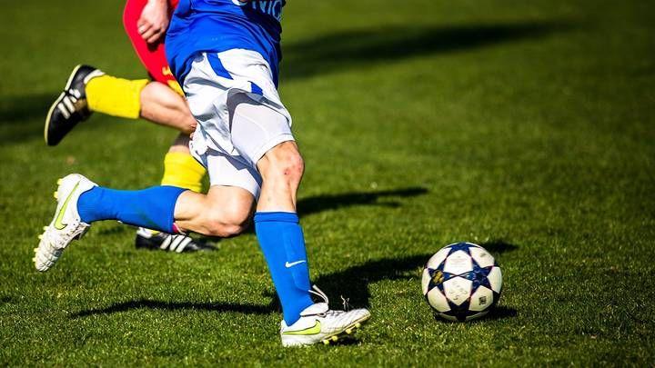 Общество: УЕФА завел три дела против Англии из-за поведения болельщиков на матче с Данией