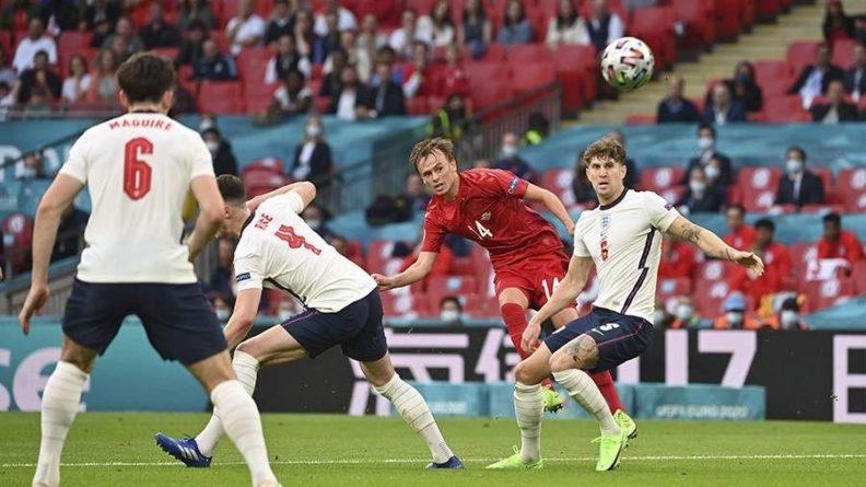 Общество: УЕФА рассмотрит дисциплинарные нарушения в ходе матче Дания — Англия