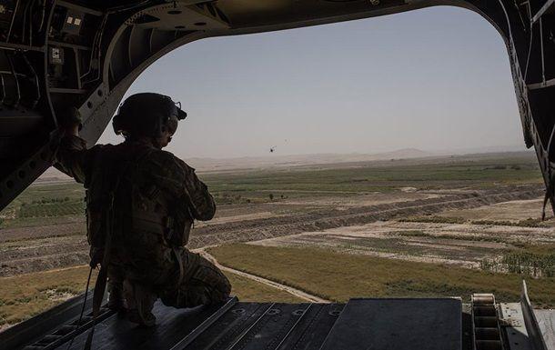 Общество: США и Британия вывели большинство своих военных из Афганистана