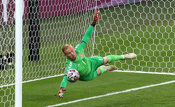 Общество: Berlingske (Дания): УЕФА возбудил дело против Англии после победы над Данией в полуфинале Евро