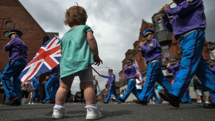 Общество: За выход из ЕС Британия будет платить два десятилетия