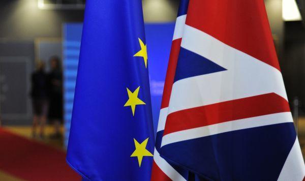 Общество: Семейная ссора. Великобритания отказалась оплачивать Евросоюзу Брексит