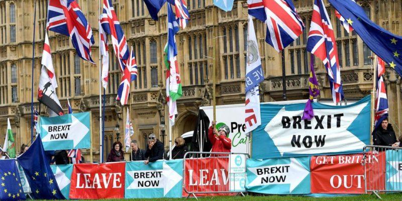 Общество: Британия отказалась платить ЕС за Brexit