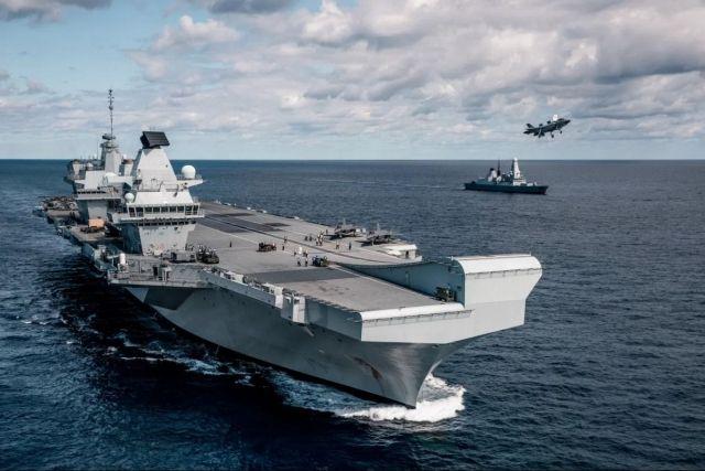 Общество: Королевский военно-морской флот Англии устроил охоту на путинские подлодки в Черном море