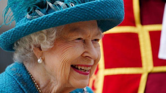 Общество: Королева Великобритании выразила надежду на победу национальной сборной в Евро-2020