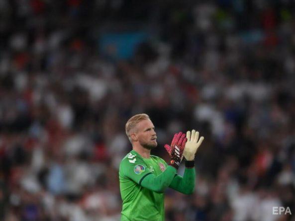 Общество: УЕФА оштрафовал Англию за поведение фанов во время полуфинального матча ЕВРО 2020 с Данией