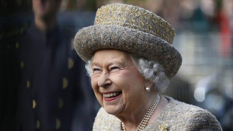 Общество: Елизавета II обратилась к сборной Англии перед финалом Евро-2020 и вспомнила 1966 год