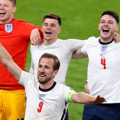 Общество: Футболисты сборной Англии откажутся от призовых в случае победы