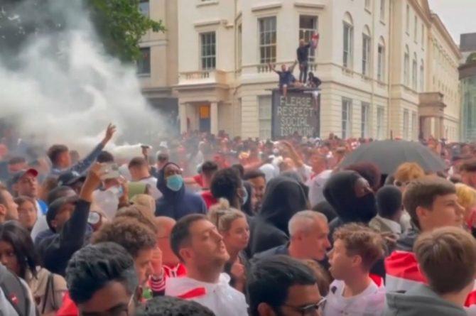 Общество: В УЕФА осудили беспорядки в Лондоне перед финалом Евро-2020
