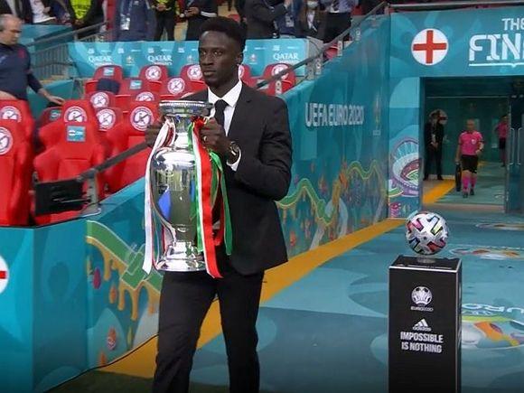 Общество: Сборная Италии одержала победу на Евро-2020, одолев Англию