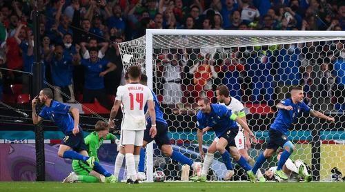Общество: Италия - чемпион Евро! Англия не сломала защиту «Скуадра Адзурра»